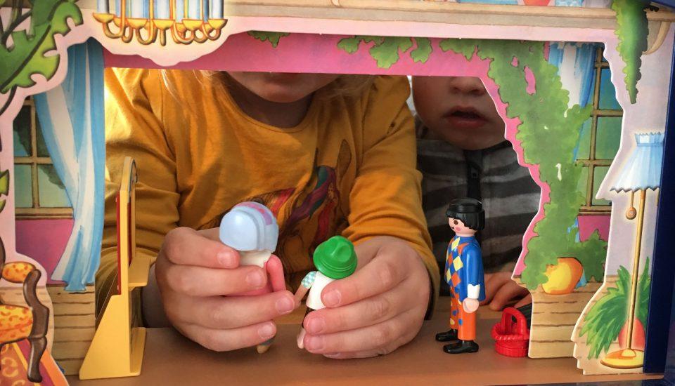 Schlafraubtiere_Lieblingsspielzeug_Spielzeug_Playmobil_Theater1