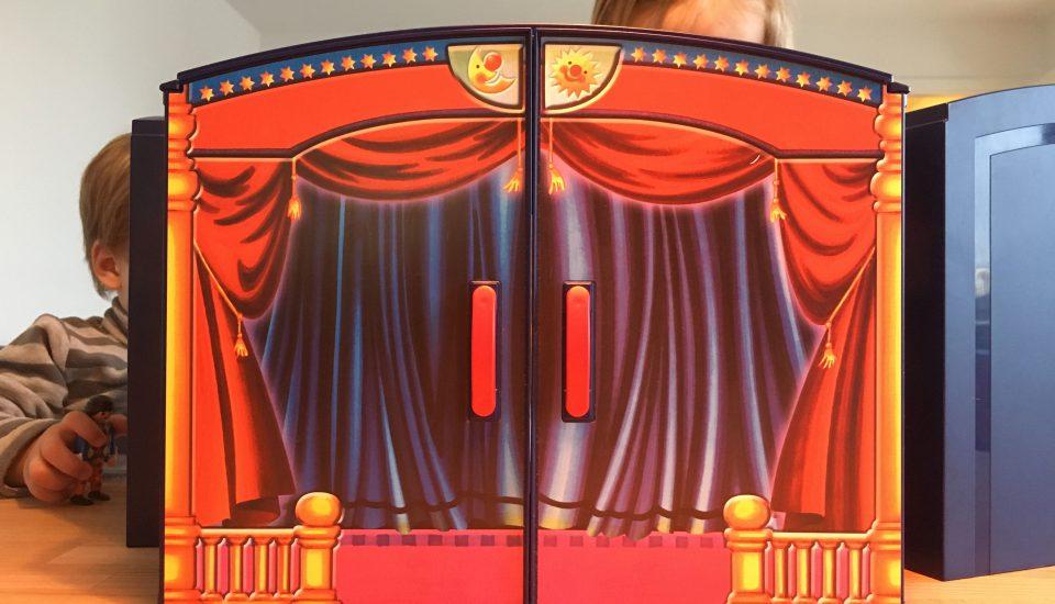 Schlafraubtiere_Lieblingsspielzeug_Spielzeug_Playmobil_Theater3