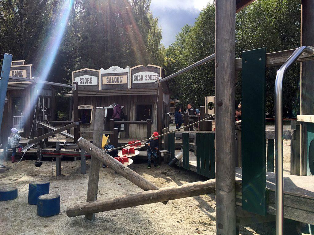 Schlafraubtiere_Wildpark_Poing_Unterwegs_mit_Kindern_Ausflug_München15